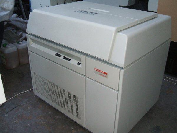Linotype-Hell Linotronic 560
